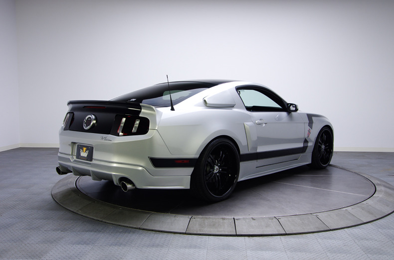 tony hawk hawkized 2011 ford mustang gt 5 0 picture 02. Black Bedroom Furniture Sets. Home Design Ideas
